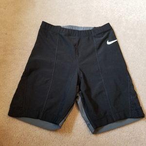 Black Nike dri-fit biker shorts